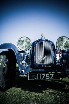 3b5e2e0f7c9  BMoved Classic Cars on Billionaire.com High Society