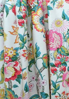 Fun, bright floral! From danielle oakey interiors