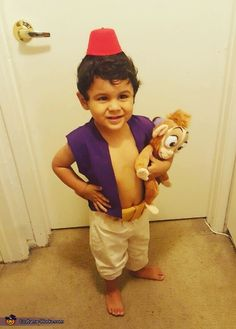 Ashley: my son Spencer-Felix is wearing the aladdin costume. We started watching the movie together and he loves it. So i decided to make it thinking it would be simple and...