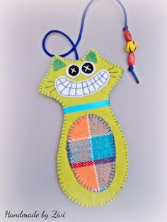 green felt-fabric cat bookmark, cheerful cat bookmark, felt bookmark, book accessories, textile bookmark, folk felt bookmark, gifts