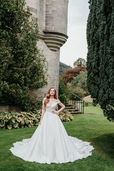 This beautiful elegant ball gown is straight out of a fairy tale. See this Allure Couture gown at Laura & Leigh Bridal. Allure Bridesmaid Dresses, Bridal Dresses, Off Shoulder Ball Gown, Allure Couture, Bridal Reflections, Elegant Ball Gowns, Essense Of Australia, Bridal Photography, Bridal Looks