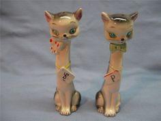 Vintage salt and pepper Siamese cat Victoria Ceramics Japan faux stone eyes