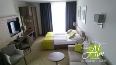 "Standardzimmer ""Original"" Das Hotel, The Originals, Furniture, Home Decor, Steam Bath, Relaxing Room, Decoration Home, Room Decor, Home Furnishings"