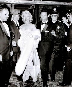 Hello and Welcome to the Marilyn Monroe Fan Site. Take a peek through the fine collection of Marilyn Monroe videos, photographs and gifs. Marilyn Monroe, Lauren Bacall, Humphrey Bogart, Fake Pictures, Beautiful Pictures, Women Names, Influenza, Norma Jeane, Art Google
