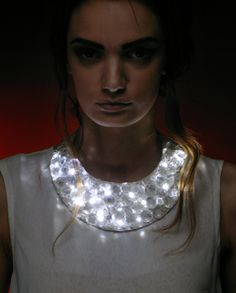 "Because light is bling. ""Tamar is based in Tbilisi, Georgia. She studied at Tbilisi State Academy Of Arts and graduated in Her collections are produced in Georgia. Smart Textiles, E Textiles, Beads Jewelry, Jewelry Art, Jewelry Ideas, Textile Intelligent, Ideas Joyería, Luz Led, Diy Fashion"