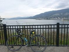 Check out this great Vancouver bike ride from Second Beach Pool to Prospect Point in Stanley Park – Guide plus Video.
