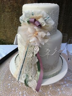 another AMAZING roxanne floquet cake