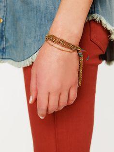 That jean color... <3