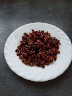 Latik is an ingredient used mostly to garnish Filipino rice cakes like ube halaya, biko,… Filipino Dishes, Filipino Desserts, Filipino Recipes, Filipino Food, Rice Recipes, Dessert Recipes, Cooking Recipes, Bibingka Recipe, Pinoy Food