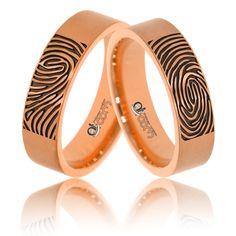 Cei care doresc sa poarte verighete personalizate, pot opta pentru ideea gravarii propriilor amprente pe benzile de nunta din aur roz.  Astfel, puteti fi siguri ca nu mai exista nicaieri in lume un model identic! Bangles, Bracelets, Aur, Girls Best Friend, Wedding Rings, Engagement Rings, Jewelry, Enagement Rings, Jewlery