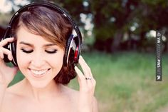 HUGE list of wedding music suggestions - from the first song at the ceremony to the last song of the night! Wedding Wishes, Friend Wedding, Wedding Bells, Wedding Reception, Wedding Tips, Our Wedding, Dream Wedding, Wedding Stuff, Playlists