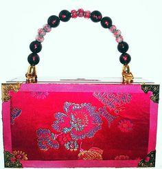 Cigar box purse covered in pink brocade fabric and pink and black beaded handle. Cigar Box Diy, Cigar Box Crafts, Cigar Box Purse, Wooden Cigar Boxes, Diy Box, Wood Boxes, Altered Boxes, Brocade Fabric, Box Art