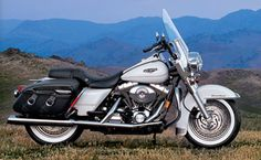 Harley Davidson Photo Gallery :: Road King :: img_Touring_FLHRCI