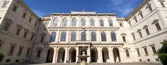 Palazzo Barberini a Roma è uno dei massimi esempi di palazzo #barocco. E' frutto del lavoro dei più importanti architetti del Seicento: Carlo Maderno e gli ancor più noti Gian Lorenzo Bernini e Francesco Borromini.