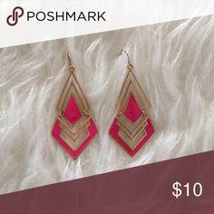 Earrings Hot pink earring in a cool design. Littlemsvintage Jewelry Earrings