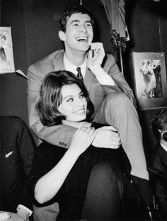 Sophia Loren & Anthony Perkins being adorable.