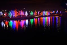 Christmas in Dallas, Texas - 12 Days of Christmas in Dallas Texas, 12 Nights of Christmas at Dallas Arboretum, Deerfield addition Christmas lights, Ice! at the Gaylord Texan, Main Street in Grapevine Texas, and Vitruvian Lights at Vitruvian Park in Addison - Texas Day Trip Report and Travel Photography in Dallas, Fort Worth, Houston and Around Texas from Family Travel Photos.com