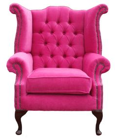 I'm not really a bright pink kinda person but I like this chair!