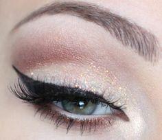 light glitter makeup for new years