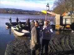 Rybáři jsou správní chlapi, zpívá Josef Zoch, autoři Mladen Grdovič / We...
