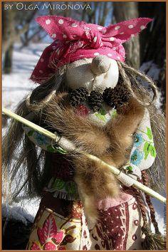 Купить Баба-Яга...с помелом! - баба яга, баба-яга, русская кукла, народня кукла Baba Yaga, 4th Of July Wreath, Stitch, Dolls, Halloween, Baby Dolls, Pictures, Full Stop, Puppet