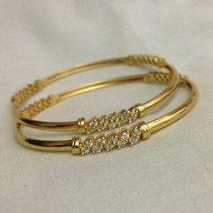 Gold and Diamond bangles. Gold bangles embellished with diamonds Gold Bangles Design, Gold Jewellery Design, Jewellery Stand, Designer Jewellery, Latest Jewellery, Baby Schmuck, Bracelet Cartier, Armband Rosegold, Gold Jewelry Simple