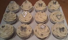 silver  cupcakes | Silver Wedding Cupcakes | Flickr - Photo Sharing!