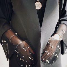 New Fashion Design Clothes Dresses Inspiration Ideas Arab Fashion, Look Fashion, Fashion Details, Diy Fashion, Ideias Fashion, Fashion Outfits, Womens Fashion, Fashion Trends, Origami Fashion