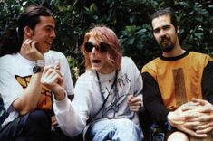 gambar nirvana, kurt cobain, and dave grohl