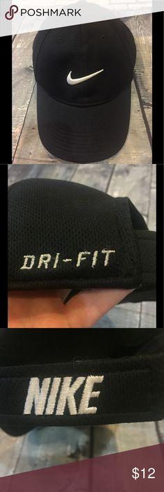 Nike Black Legacy 91 Youth Golf Hat, EUC!!! Nike Youth Black Legacy 91 Golf Hat 🏌️🏌️🏌️! Only worn once, EUC!!! Nike Accessories Hats