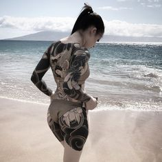 Body Painting and tattoos Posted by Sifu Derek Frearson Maori Tattoos, Irezumi Tattoos, Hot Tattoos, Black Tattoos, Body Art Tattoos, Girl Tattoos, Hot Tattoo Girls, Tattoed Girls, Inked Girls