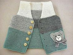 Baby Knitting Patterns Cardigan Hand knit baby vest /cardigan / with Teddy.Handgestrickte Babyweste / Strickjacke - Diy StillDiscover thousands of images about Ayşen YalınızBebe Yeleği, baby waistcoat, bKnit baby vest, garter stitch with pompoms, Baby Knitting Patterns, Knitting For Kids, Hand Knitting, Cardigan Bebe, Knitted Baby Cardigan, Knit Vest, Pull Bebe, Pullover Outfit, Vest Pattern