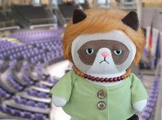 """Grumpy Cat """"Angela Merkel"""" Katze // Crumpy cat by Petiti_Panda via DaWanda.com"""