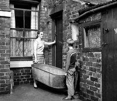 30 ideas for photography ideas family vintage old photos Uk History, London History, History Photos, Liverpool History, Asian History, Tudor History, British History, History Facts, Victorian London