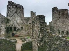 Kidwelly Castle Castles In Wales, Fire Fans, Barcelona Cathedral, Past, Medieval, Around The Worlds, Tower, Europe, The Incredibles