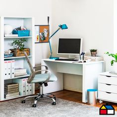 Escritorio Smurf. #Escritorio #HomeOffice #Sodimac #Homecenter