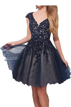 This homecoming dress is sooo pretty!