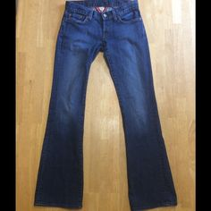 "Lucky Brand Lil Maggie NWOT. Lucky Brand lil Maggie stretch Bootcut Jeans. Inseam 30"" will consider all offers Lucky Brand Jeans Boot Cut"