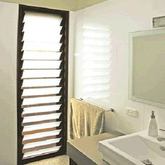Having a phase of loving louves - and the use of louvres in this bathroom wins me. Bathroom Windows, Glass Bathroom, Bathroom Ideas, Master Bath Layout, Stacker Doors, Louvre Windows, Door Images, Windows And Doors, Windows