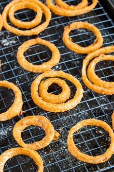 Baked Gluten Free Onion Rings - - These baked homemade onion rings are just as crunchy and delicious as the fried version, but this onion ring recipe is also gluten free, dairy free and low carb. Homemade Onion Rings, Baked Onion Rings, Healthy Onion Rings, Baked Onions, Crispy Onions, Best Onion Ring Recipe, Onion Rings Air Fryer, Gluten Free Onion Rings, Beer Battered Onion Rings