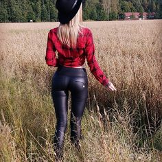 The Shining, Leather Leggings, Pants Outfit, Leather And Lace, Lady, Black Pants, Winter, Sexy Women, Denim