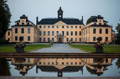 Ulriksdals Slott by Håkan Dahlström