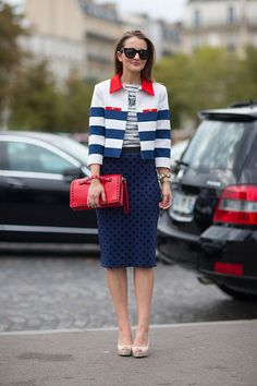 Street Style: Paris Fashion Week Spring 2014 - Valentino clutch