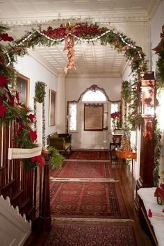 victorian christmas decor | Holiday decor inside the Clermont State ... | Victorian Decor & Ideas