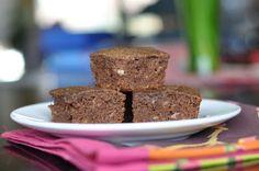 Nourishing Meals: Carob-Banana Bars (grain-free + sugar-free)