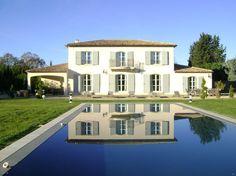 Regardez ce logement incroyable sur Airbnb : Luxueuse bastide contemporaine Aix - Maisons à louer à Aix-en-Provence
