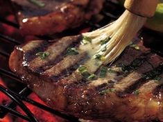 Lemon-Pepper Steaks Butter, garlic and herbs bring out the best in beef steaks. They are simply done and simply satisfying. Barbecue Recipes, Steak Recipes, Grilling Recipes, Cooking Recipes, Barbecue Sauce, Barbeque Side Dishes, Barbeque Sides, Brandy Cream Sauce, Healthy Grilling