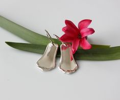 hopeakorut, hopeatyöt, lusikkakorut, uusiokorut, kierrätyskorut, korvakorut, hopeiset korvakorut, käsityö, silverjewelry, silverspoonjewelry, upcycled, recycled, earrings