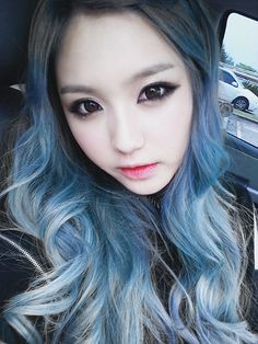 Fanpop Poll Results: Dark blue hair: who does it best? - Read the results on this poll and other Kpop polls Pastel Blue Hair, Dark Blue Hair, Pink Hair, Blue Ombre, Pastel Style, Colorful Hair, Up Hairstyles, Pretty Hairstyles, Ulzzang Hair