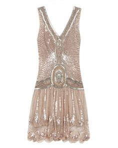 Flapper dress in the 21st century. I could do that.